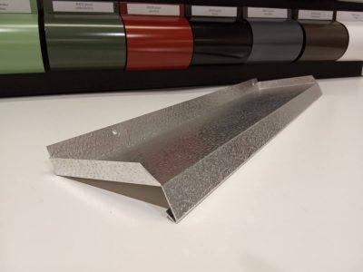 Aknaplekk üles keeratud otstega materjal: Alumiinium Stucco